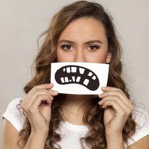実は女性がなりやすい!?歯科医が教える「歯周病」の知識と対策