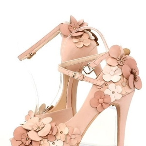 可愛くてオシャレな靴はRANDA(ランダ)のセールで賢くゲット♡