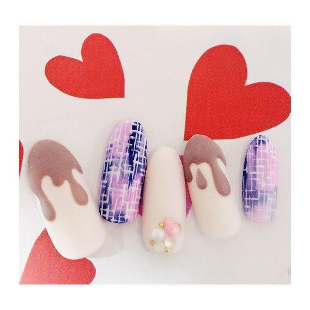 在情人節時想做的美甲設計② 斜紋×巧克力醬美甲