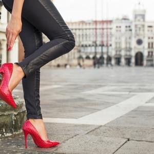 4つのポイントでO脚改善!プロ指導の美脚に近づくO脚矯正レッスン
