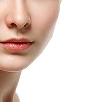 千萬不能偷懶每天的護膚很重要☆讓肌膚看上去髒髒的「草莓鼻」形成原因及根治方法♪