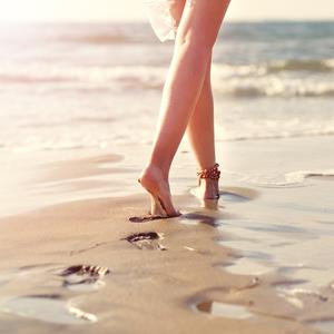 あなたの歩く姿勢は大丈夫?体がキレイになる〈正しい歩き方と姿勢〉