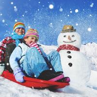 日帰りもOK♪子どもが喜ぶ「雪遊び」スポット5選《都内近郊》