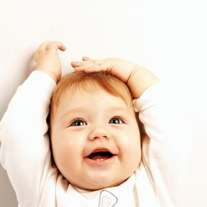 「フーフー」で虫歯がうつる?歯科医が教える赤ちゃんの歯を守る方法
