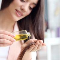 頭髮變得更柔順♡用無印良品的「荷荷芭油」修護頭髮的方法♪