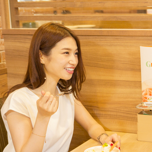 """ママモデルの糖質制限ダイエット♡""""ファミレスが秘訣""""のワケとは?"""