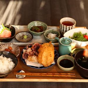 全国の離島料理が楽しめる!神楽坂「離島キッチン」で癒しの食を…