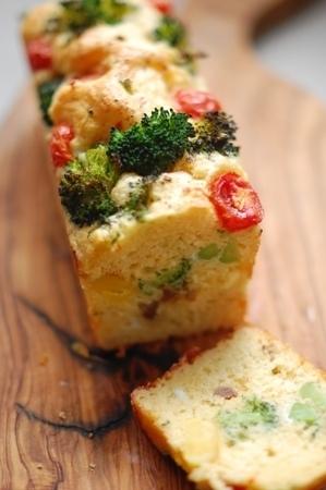 持ち寄りホームパーティーで喜ばれる簡単絶品レシピ②ケーク・サレ