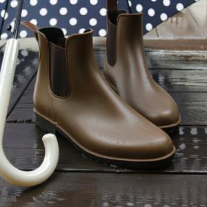 雨の日もかわいく♡おしゃれな長靴・レインブーツのコーデ集