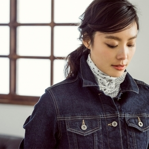 衝撃の590円!UNIQLOの春スカーフをいますぐチェック♡