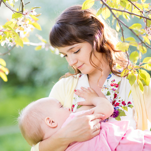 「授乳が憂鬱……」と感じているママへ♪ストレスが軽減される対処法