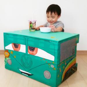 手作りで愛情たっぷり♡「牛乳パック」で子供の机をDIYしよう!