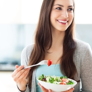 せっかく摂るなら効率的に!サプリを飲むタイミングはいつがいい?