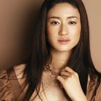 讓5年內生3胎的日本人氣女星・小雪告訴妳〜超實際育兒法♡