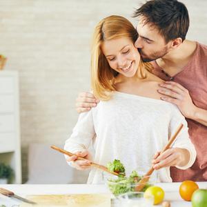 いつまでもパートナーに愛されるために♡大切にすべき「女性らしさ」