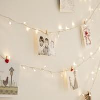 《フェアリーライト》でクリスマスを演出!お部屋の装飾テクニック♡