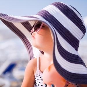 夏のアウトドアに!子供のための正しい日焼け対策