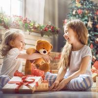 1歳児におすすめのクリスマスプレゼント10選♡人気のアイテムは?
